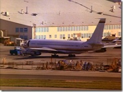 S1E13_Plane