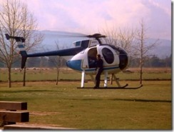 S1E14_AgencyHelicopter_N1090S