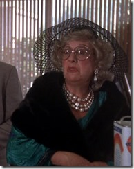 S2E11_rich_old_lady_disguise_Emily