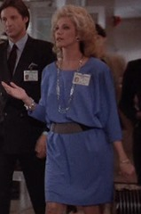 S1E14_greatdress_Francine
