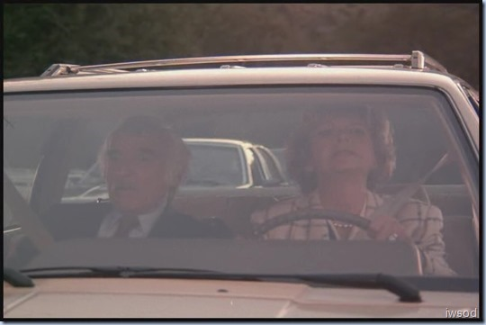 SCARECROW_MRS_KING_S3_D3-05.avi_20150617_200504.369