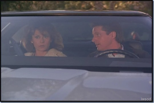 SCARECROW_MRS_KING_S3_D3-05.avi_20150617_200551.418