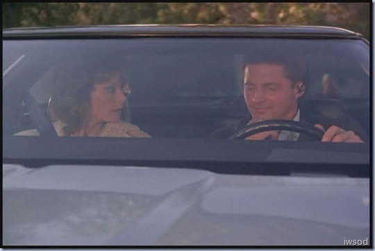 SCARECROW_MRS_KING_S3_D3-05.avi_20150706_165215.881