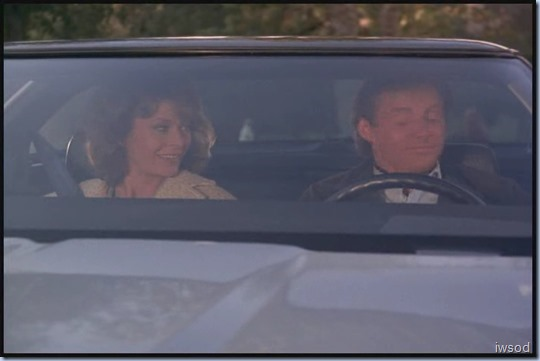 SCARECROW_MRS_KING_S3_D3-05.avi_20150708_135810.948