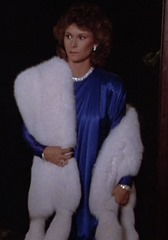 S1E7_formalblue_withfur_Amanda
