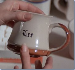 S1E11_Lee_coffee_mug