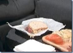 S2E19_Francine_sandwich_Amanda_hit