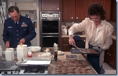 S2E15_baking_with_the_Colonel